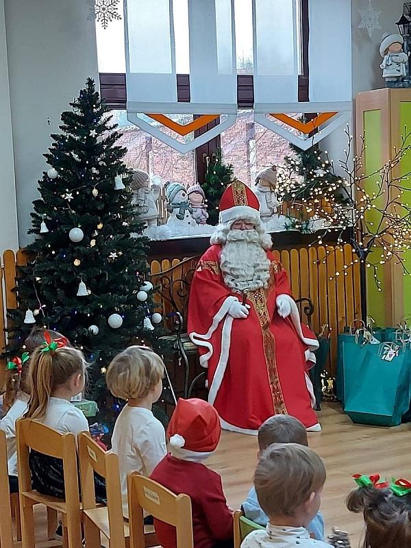 Święty Mikołaj w Przedszkolu - zdjęcie 34