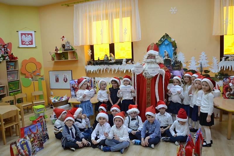 Święty Mikołaj w Przedszkolu - zdjęcie 33