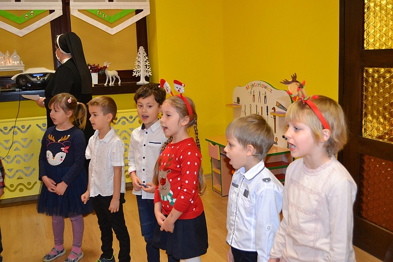 Święty Mikołaj w Przedszkolu - zdjęcie 31
