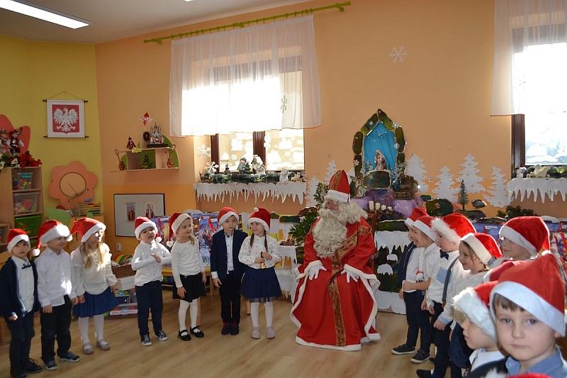 Święty Mikołaj w Przedszkolu - zdjęcie 29