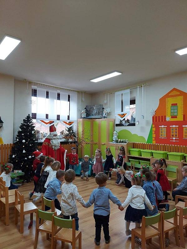 Święty Mikołaj w Przedszkolu - zdjęcie 5