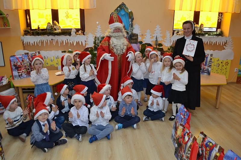 Święty Mikołaj w Przedszkolu - zdjęcie 26