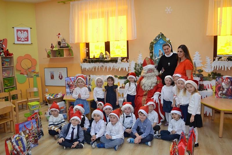 Święty Mikołaj w Przedszkolu - zdjęcie 24