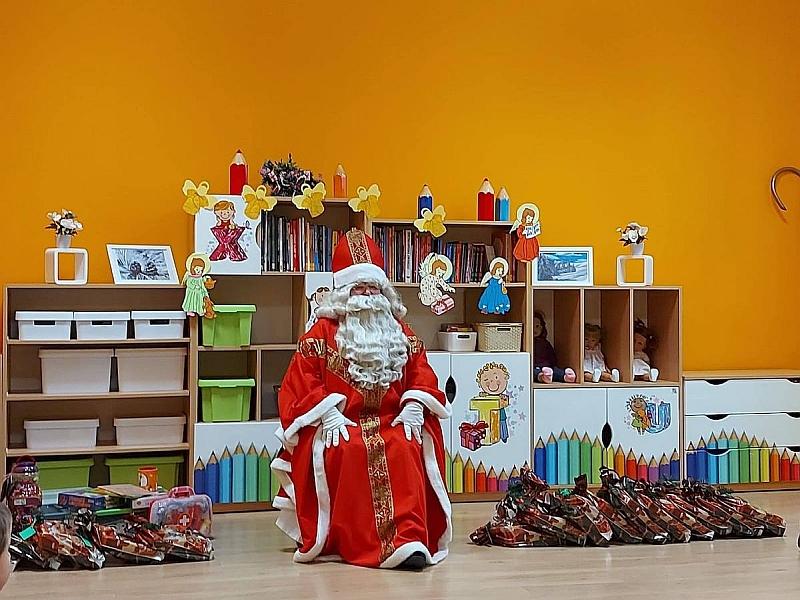 Święty Mikołaj w Przedszkolu - zdjęcie 14