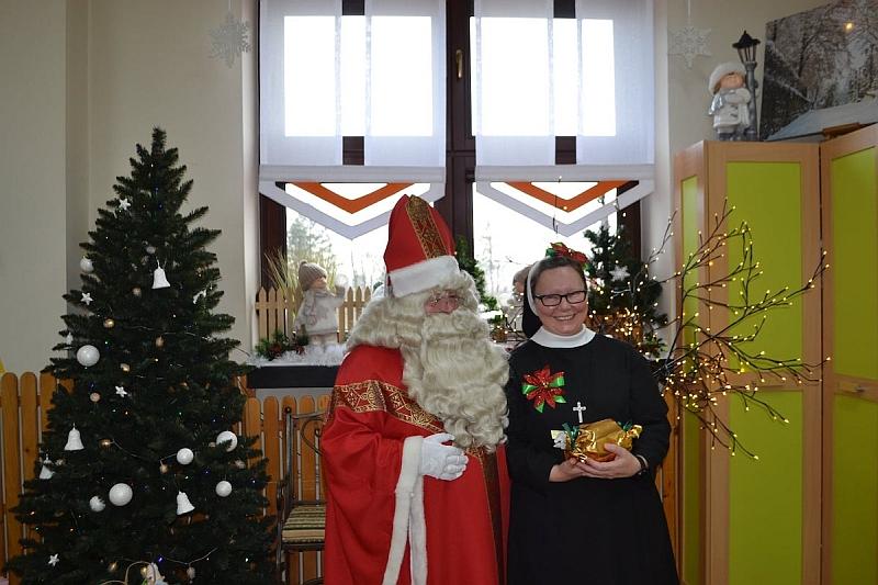 Święty Mikołaj w Przedszkolu - zdjęcie 13