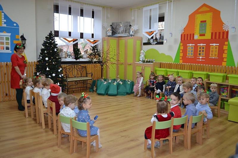 Święty Mikołaj w Przedszkolu - zdjęcie 12
