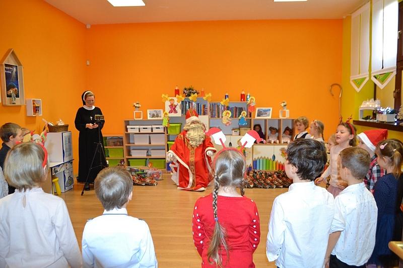 Święty Mikołaj w Przedszkolu - zdjęcie 11