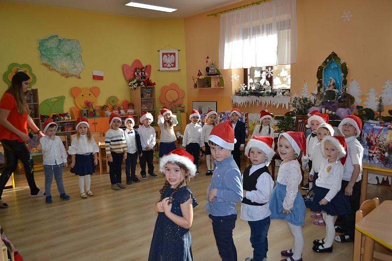 Święty Mikołaj w Przedszkolu - zdjęcie 7