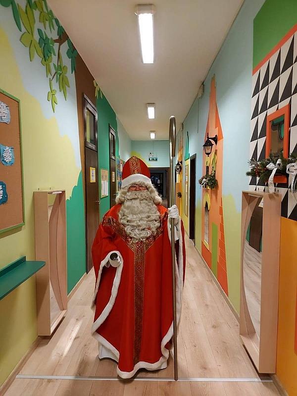 Święty Mikołaj w Przedszkolu - zdjęcie 38