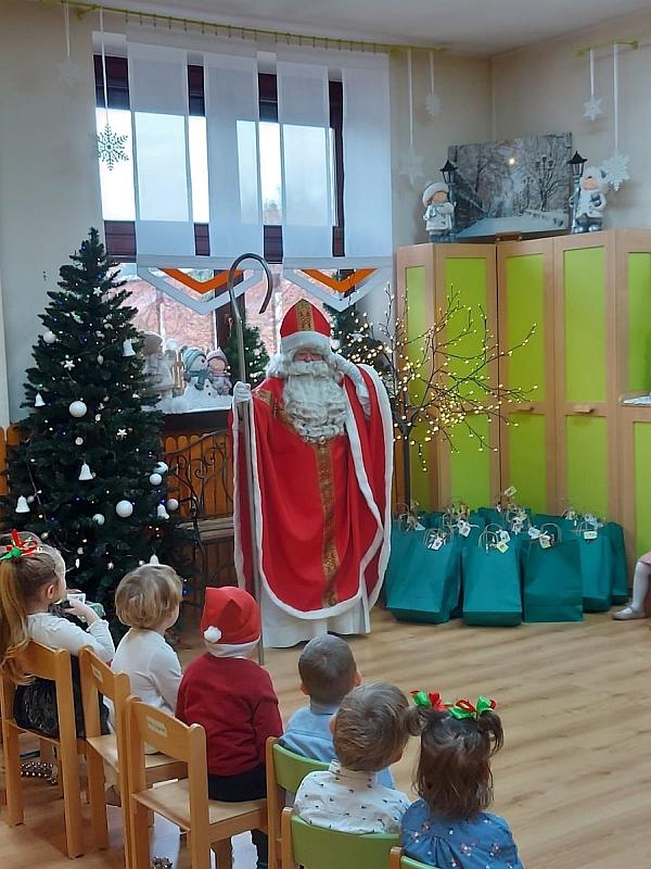 Święty Mikołaj w Przedszkolu - zdjęcie 37