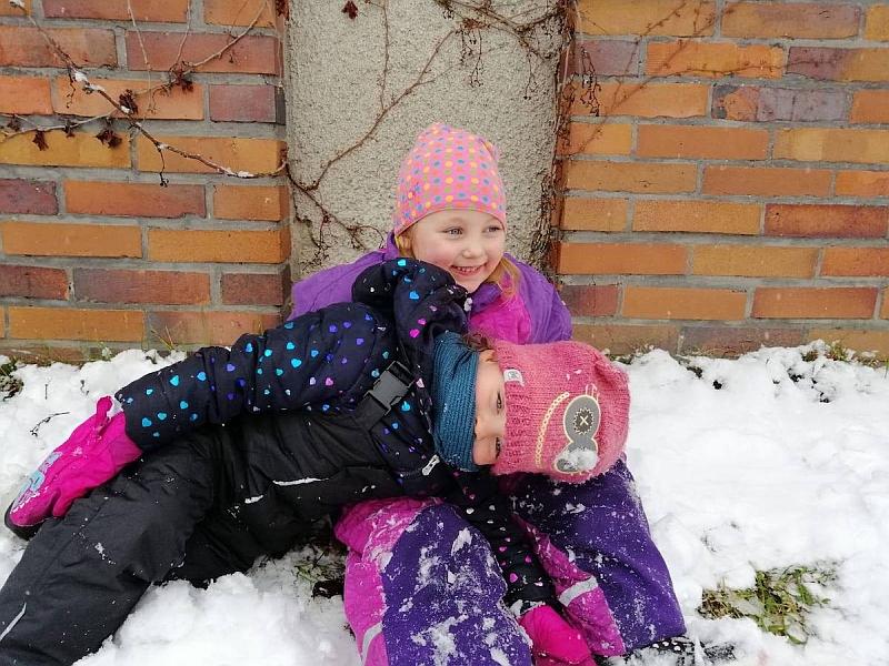 Zabawy na śniegu - zdjęcie 9
