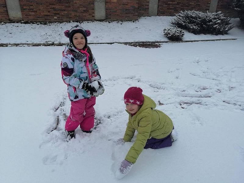Zabawy na śniegu - zdjęcie 12