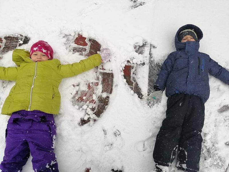 Zabawy na śniegu - zdjęcie 15