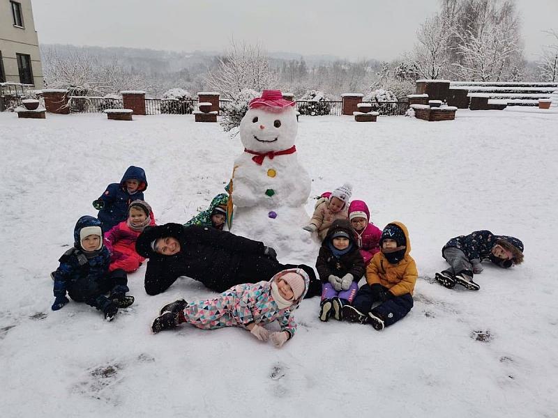 Zabawy na śniegu - zdjęcie 18