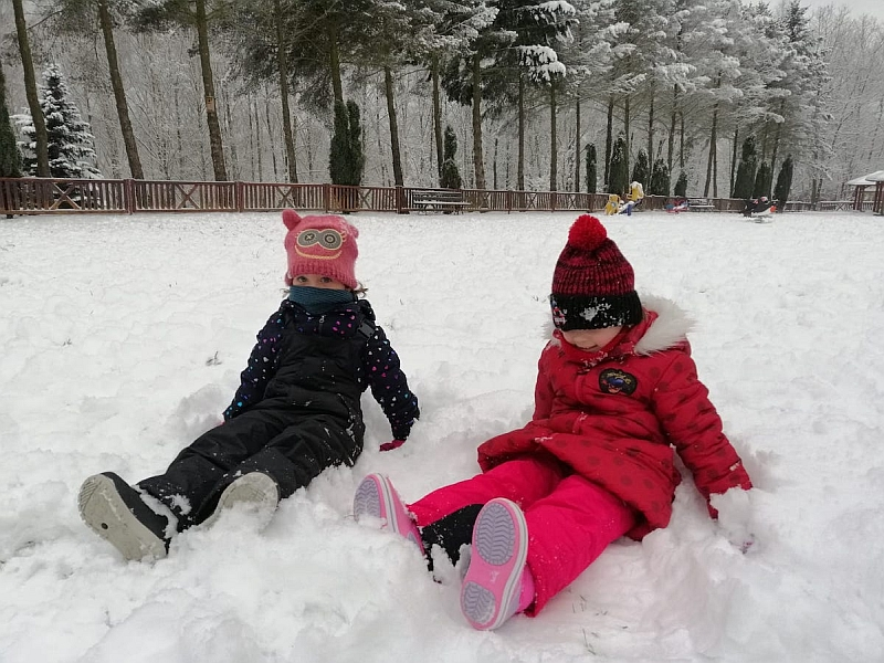 Zabawy na śniegu - zdjęcie 21