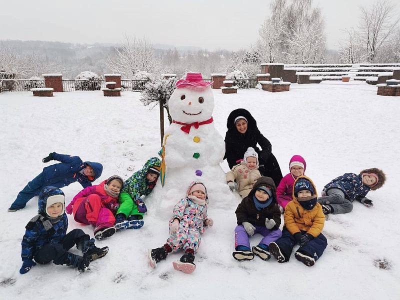 Zabawy na śniegu - zdjęcie 24