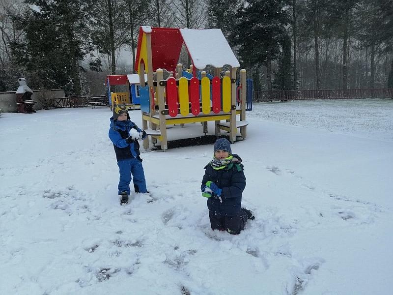Zabawy na śniegu - zdjęcie 27