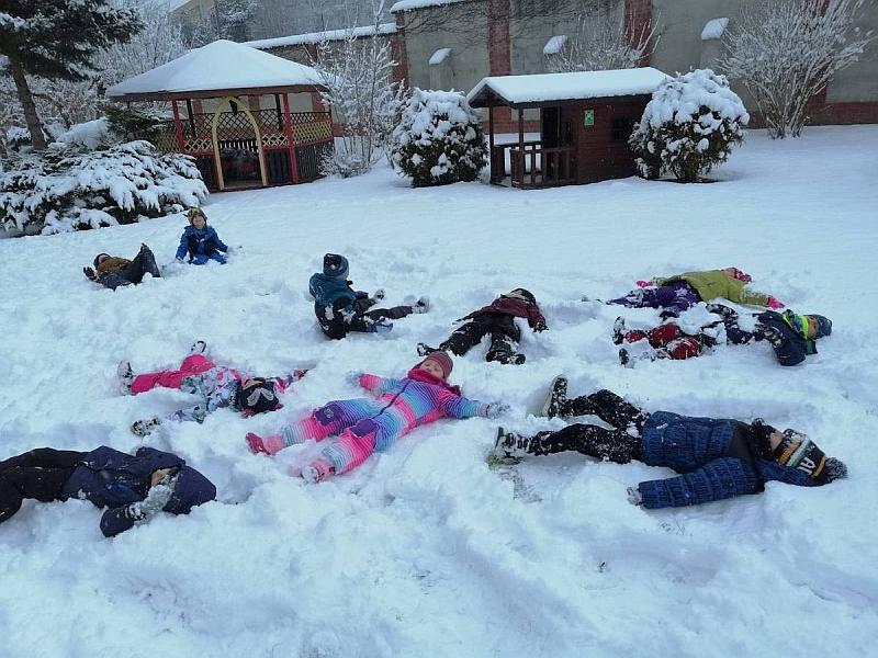 Zabawy na śniegu - zdjęcie 4